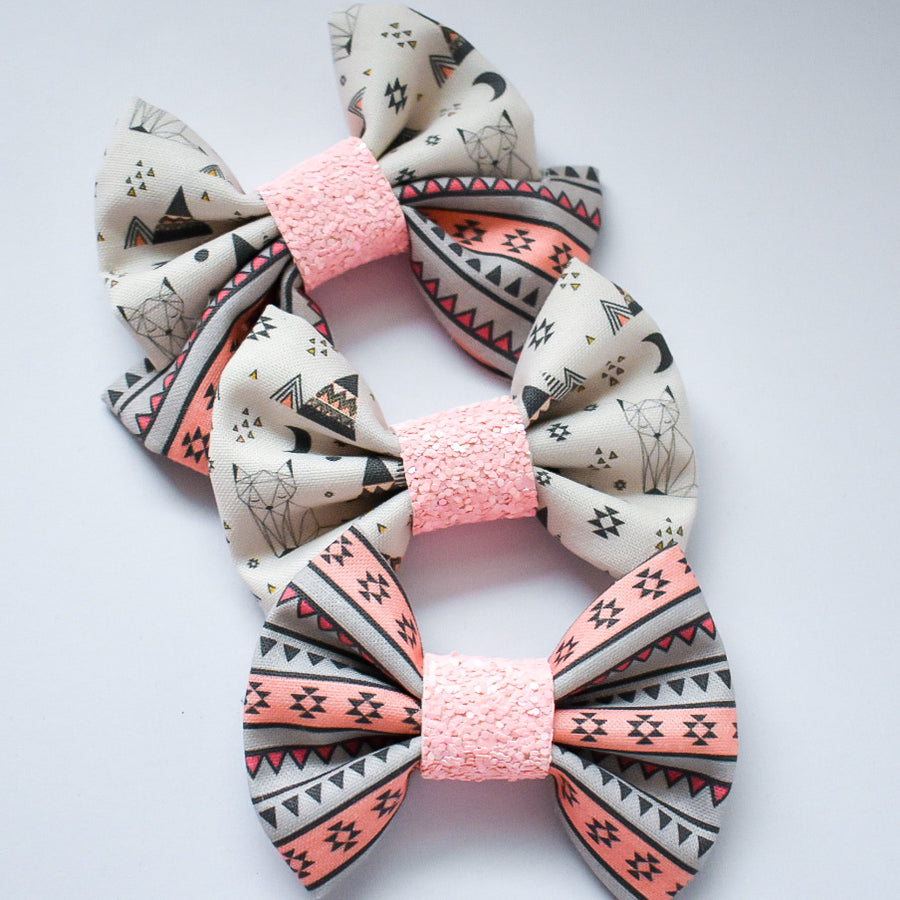 Aztec Fox Bow