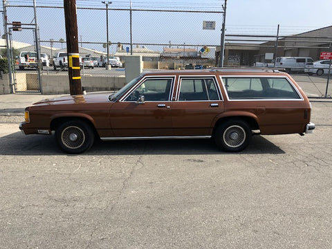 1990 Ford Country Squire Station Wagon