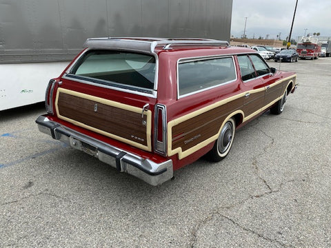 1976 Ford Country Squire Station Wagon (Double)