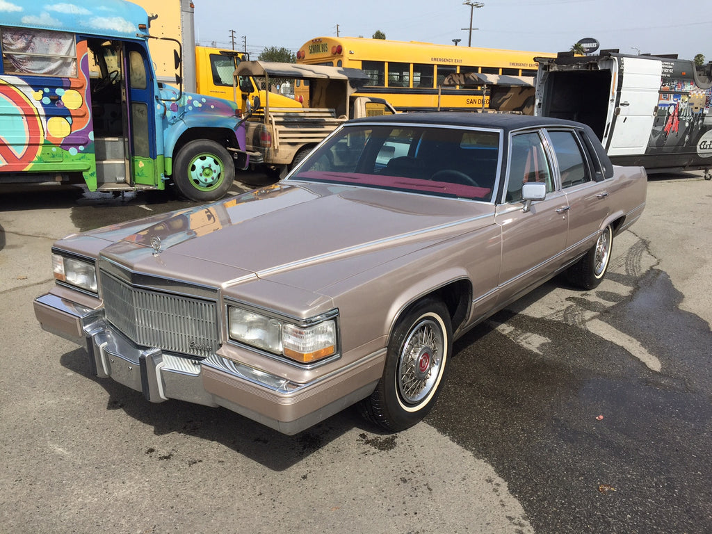1990 Cadillac Fleetwood Brougham (Double)