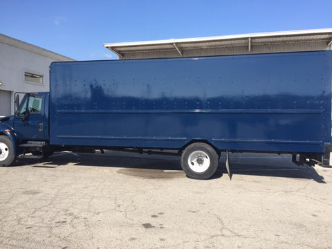 2004 International 4300 Box Truck