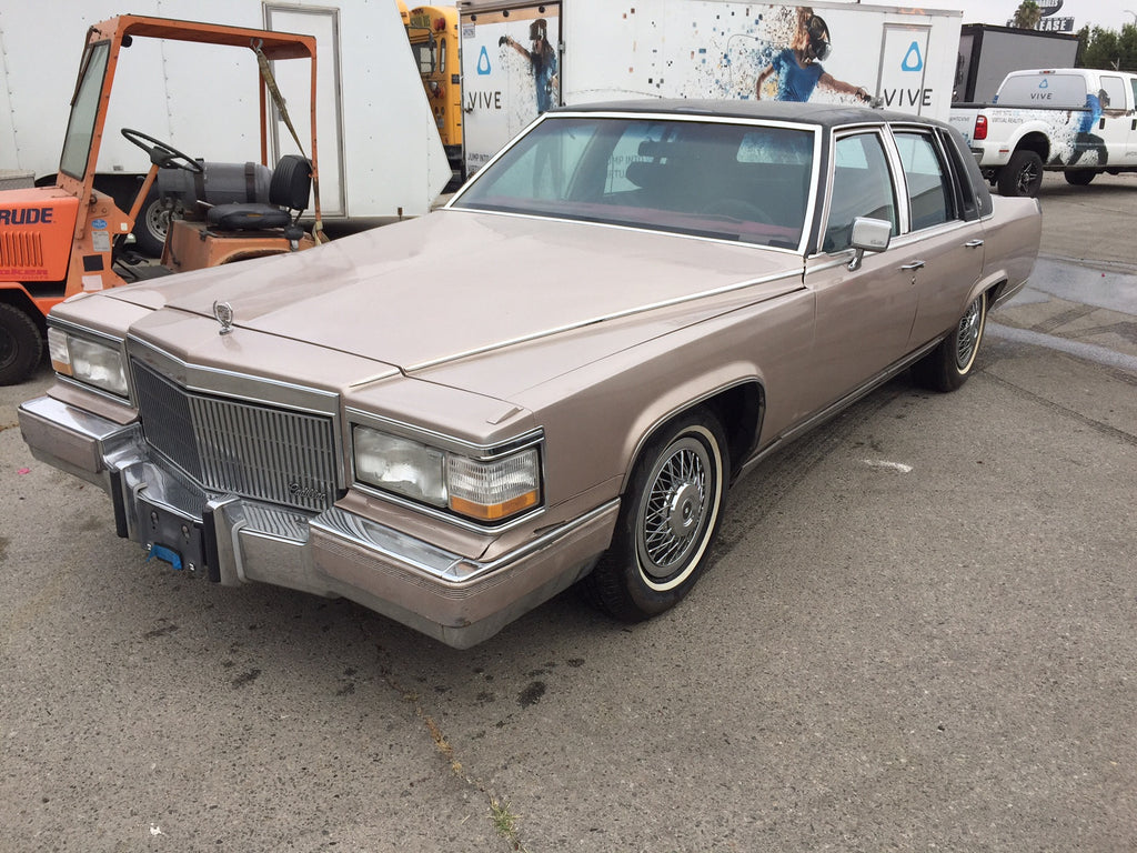 1985 Cadillac Fleetwood Brougham (Double)