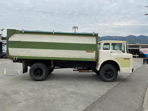 1975 Ford C600 Cabover Grain Dump Truck