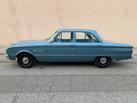 1962 Ford Falcon (double)