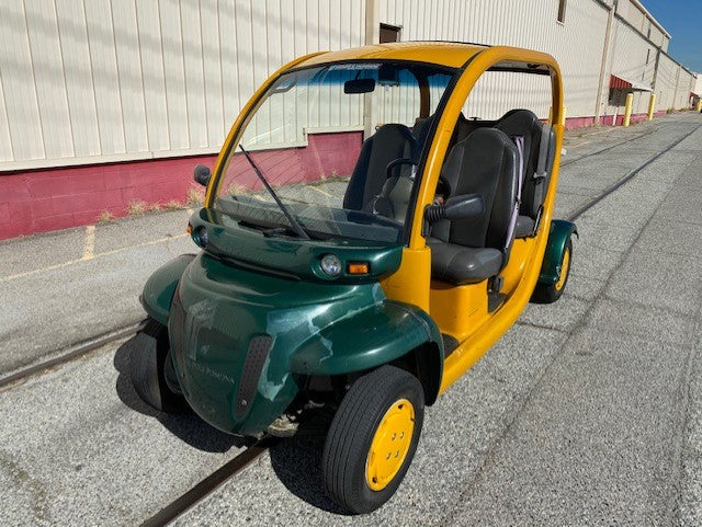 2003 GEM Electric 4 Person Cart