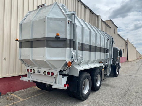 2003 Peterbilt Trash Truck