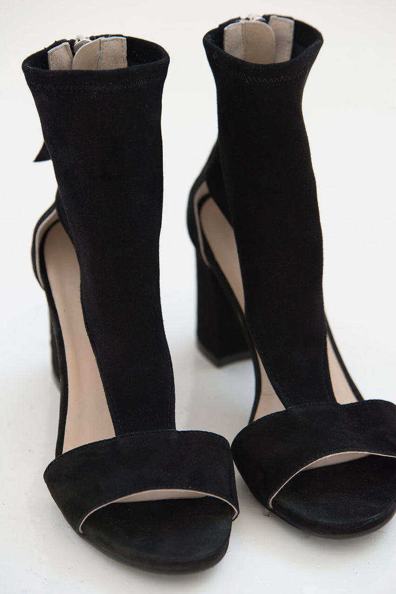 Marcellamoda-Black-Leather-Sandals-Product-View-Front