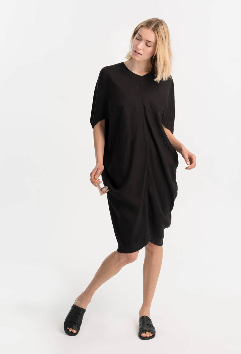 Marcellamoda-Black-Loose-Bat-Sleeves-Dress-Front