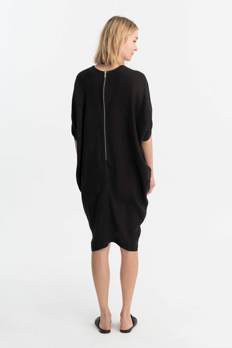 Marcellamoda-Black-Loose-Bat-Sleeves-Dress-Back