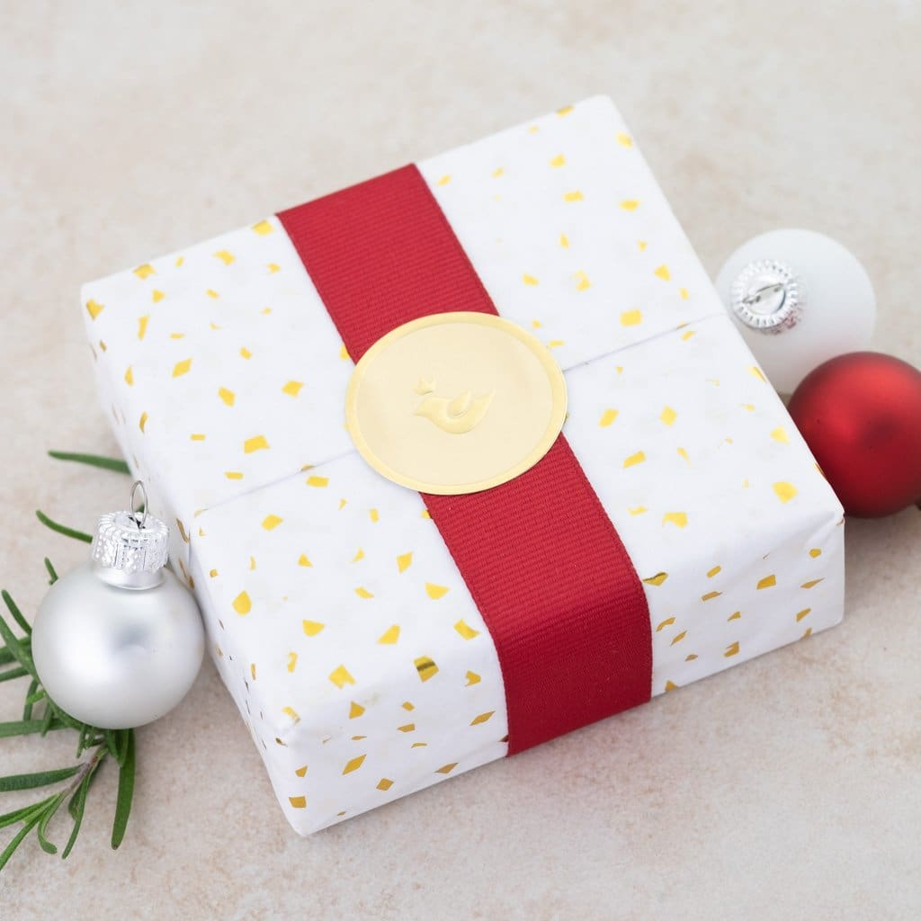 Holly Lane Christian Jewelry - Christmas Gift Wrap