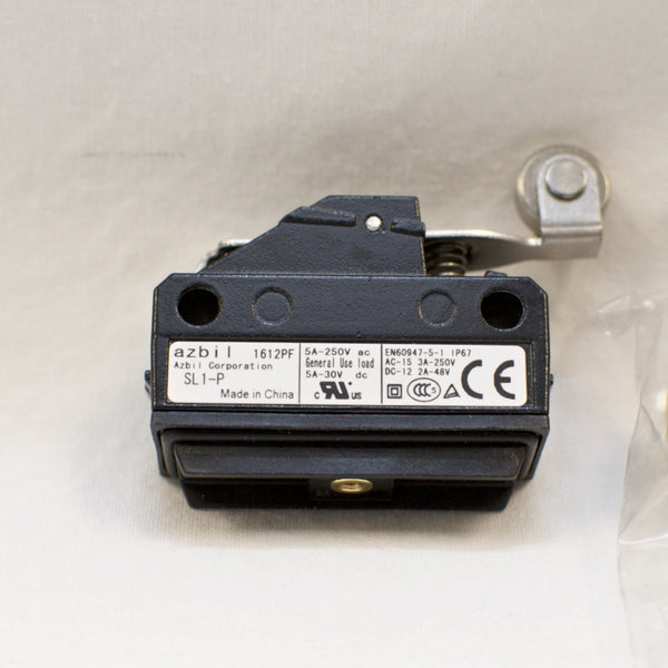 Yamatake / Azbil SL1-P Limit Switch / Micro Switch with Short Roller Lever