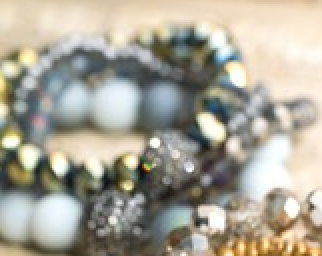 Iridiscent Bracelet Stack in Gray