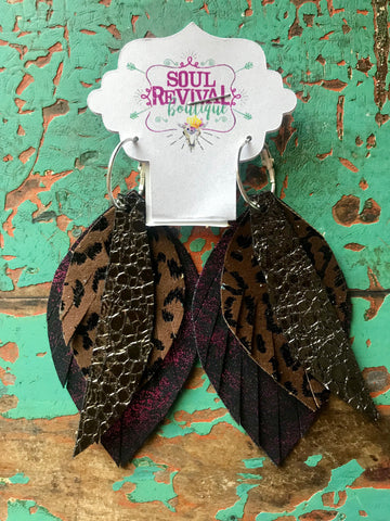 Feather Glitz Earrings in Dark Grey Purple Leopard