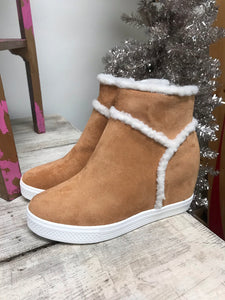 Alps Shearling Wedge Sneaker in Tan