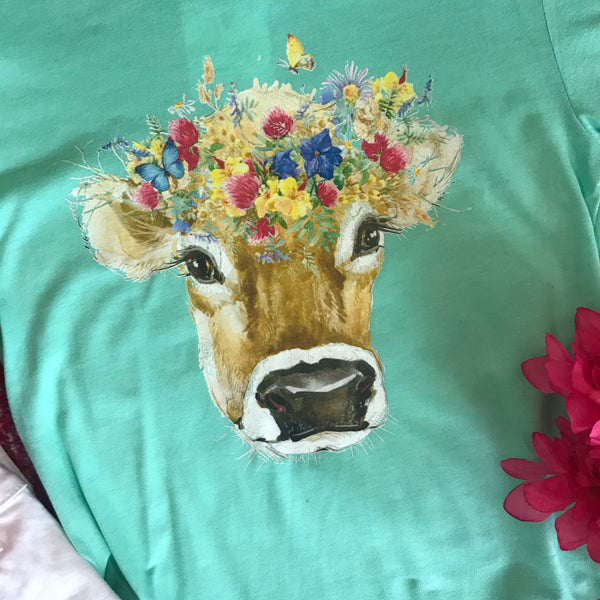 Heavens to Betsy Cow Tee in Mint