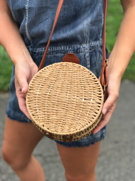 Nassau Round Straw Bag
