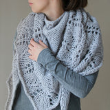 Shawls: Knit in Style | Tücher stricken mit Stil by Melanie Berg