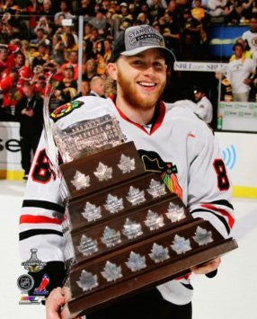 Patrick Kane Chicago Blackhawks 2013 Conn Smythe Trophy Photo 16x20 - Dino's Sports Fan Shop