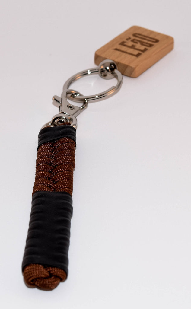 LEaO OPTiCS Brown Ranked Paracord Key Fob with Bamboo LEaO Engraved Key Chain with Ring
