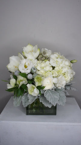 White Chic Arrangement