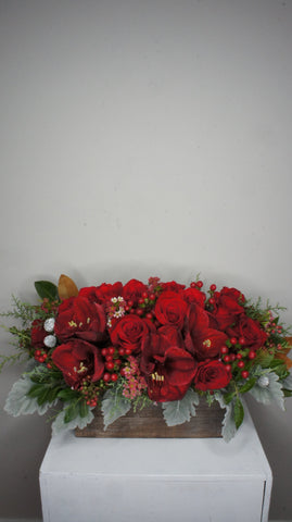 Christmas Joyful Centerpiece