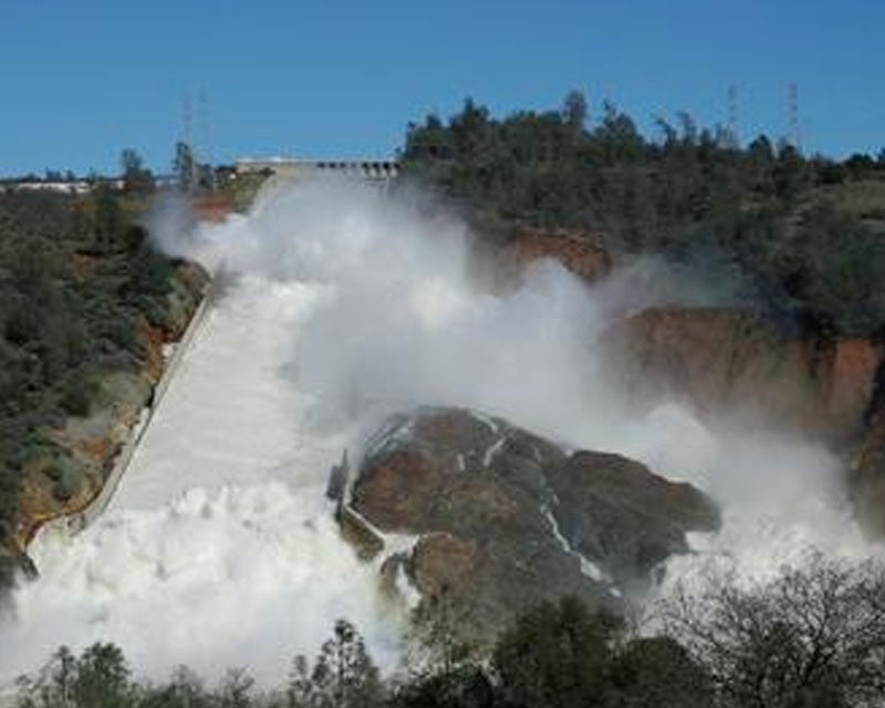 FloodSax® Delivers 2,500 Sandless Sandbags to Oroville Dam for Emergency Flood Response