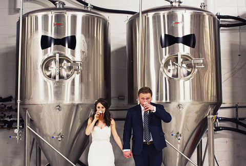 5 ways to incorporate beer into your wedding