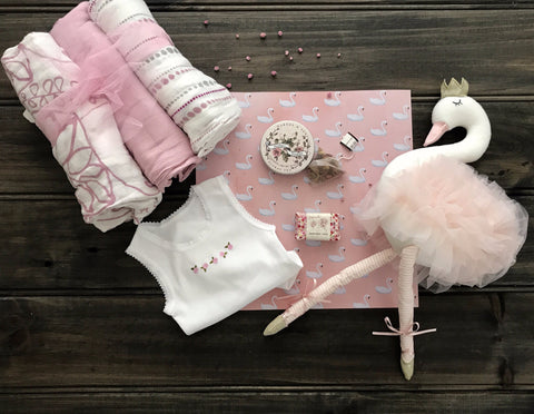 Baby Swan - New Hampers
