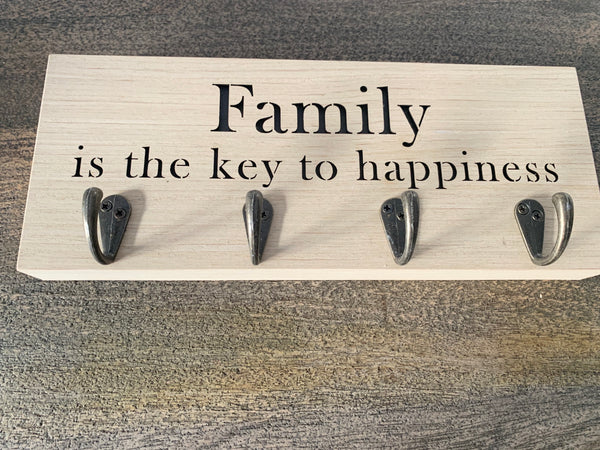 Family key hanger