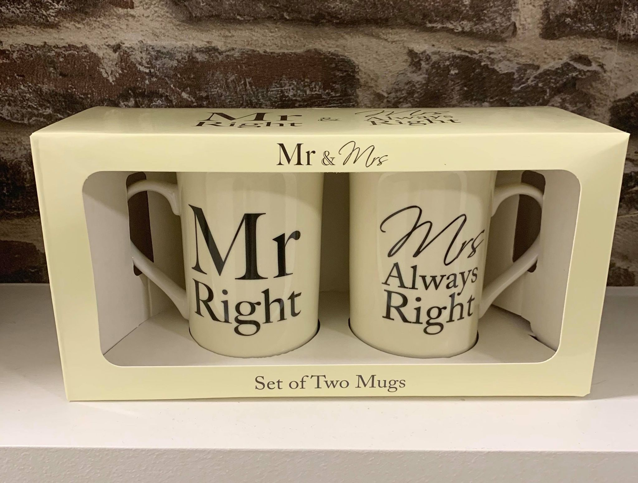 Mr and Mrs always right mugs