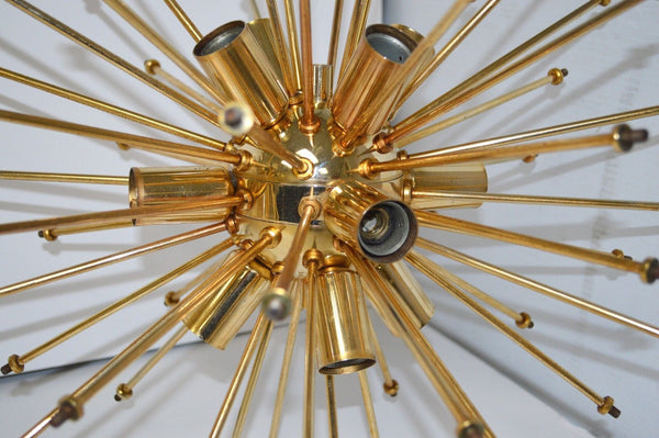 Exquisite Mid-Century Modernist Floral Sputnik By Val Saint Lambert - Art Deco Antiques  - 2