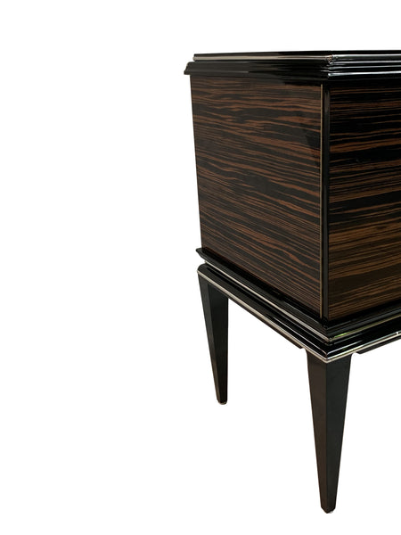 Exceptional Art Deco Style Commode In Macassar Ebony