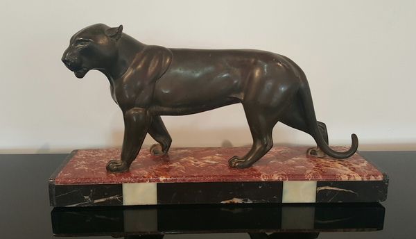 Captivating Art Deco Panther Sculpture - Art Deco Antiques
