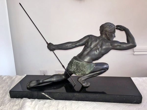Petit Bronze Sculpture Of A Hunting Man By Jean de RONCOURT - Art Deco Antiques  - 2