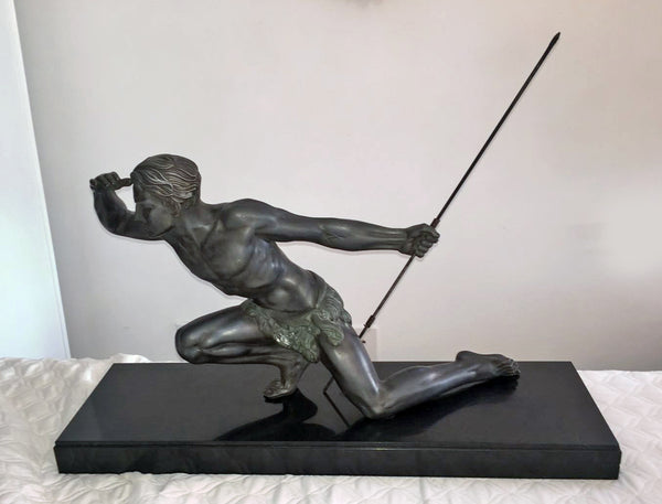 Petit Bronze Sculpture Of A Hunting Man By Jean de RONCOURT - Art Deco Antiques  - 1