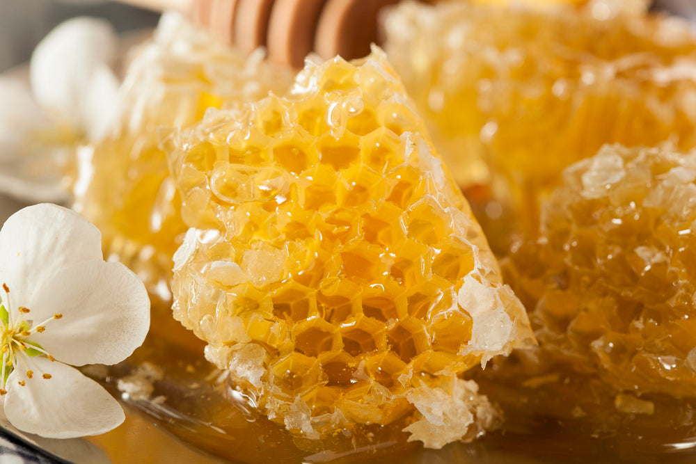 6 Things to Know About Raw Honey