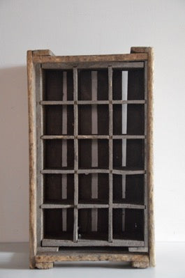Vintage Industrial Timber 15 Bottles Crate HURTREL cafe restaurant display