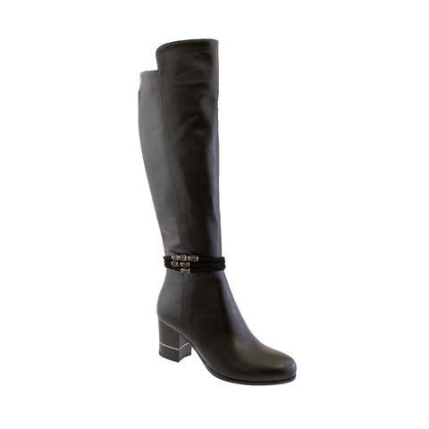 Susst black boot