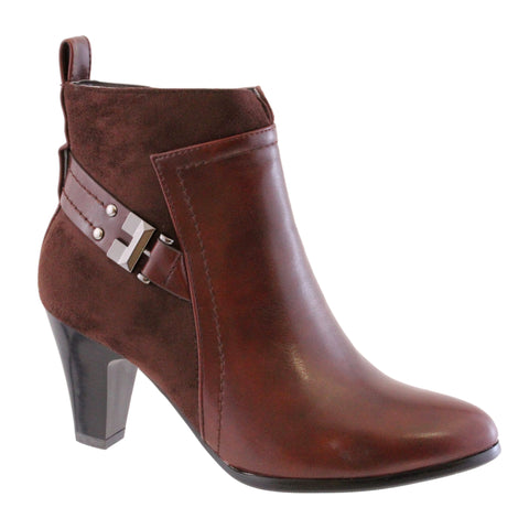 susst brown ankle boot