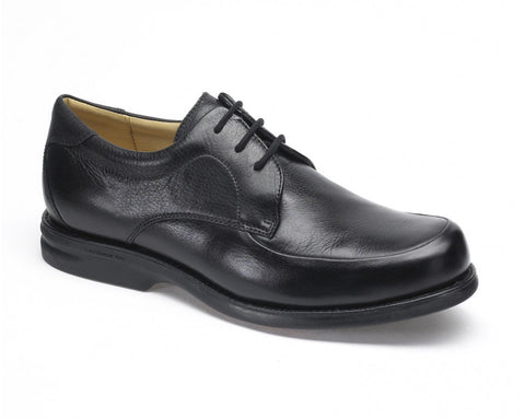 Nlack leather lace up men's shoe