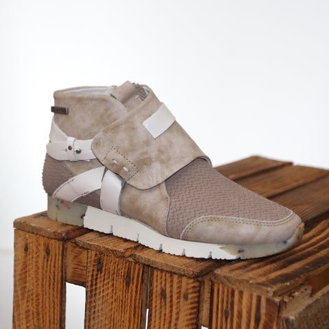 YELLOW CAB Topic Damen Bootie in taupe