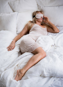 eye-mask and best seller Natalie dress By Chambres Sweden