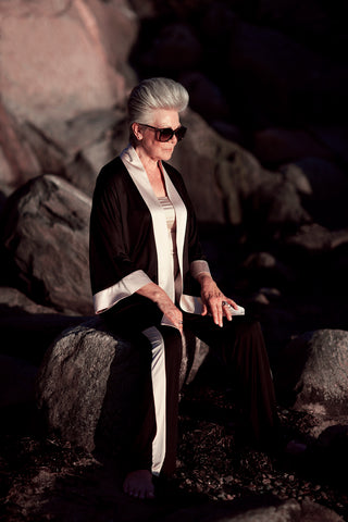 wearing our exclusiv kimono by chambressweden