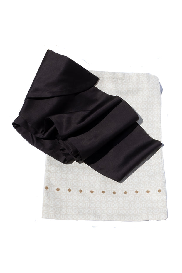 Ultima Scarf Black