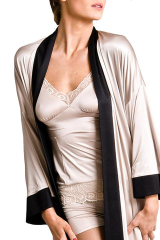 Exclusiv short kimono by Chambres Sweden