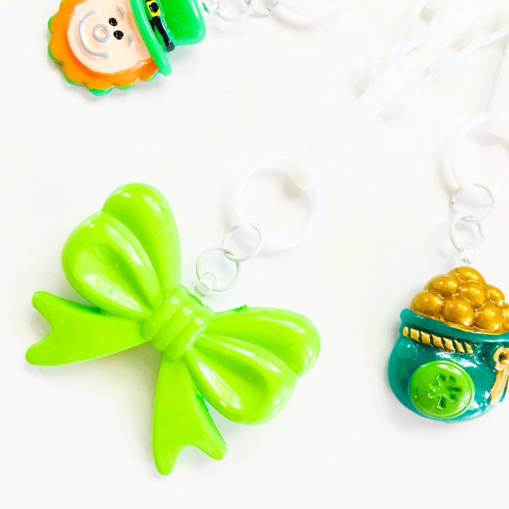 St. Paddys Day Bow Charm
