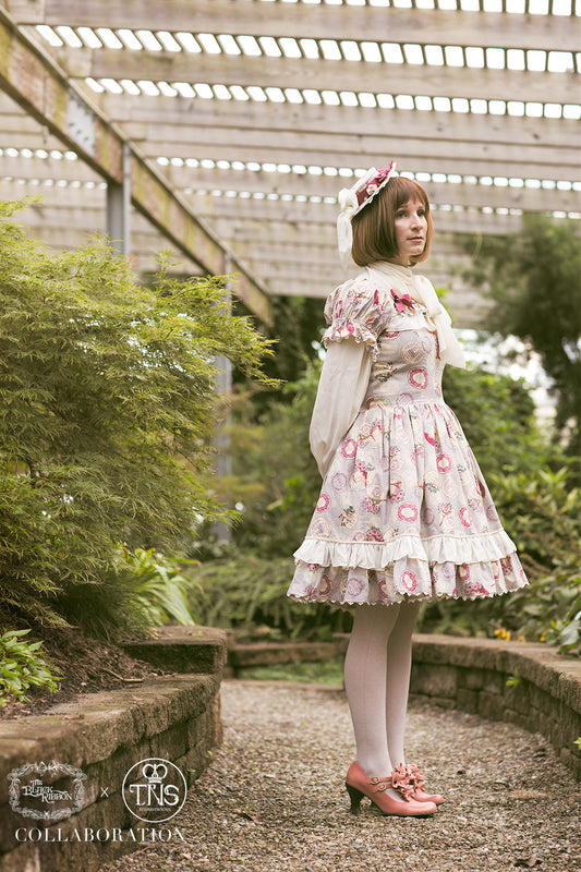 Paris Afternoon OP,  Jumperskirt, The Black Ribbon gothic kawaii sweet japanese street fashion japan decora Lolita Collective