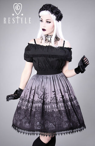 Cemetery Skirt in Grey