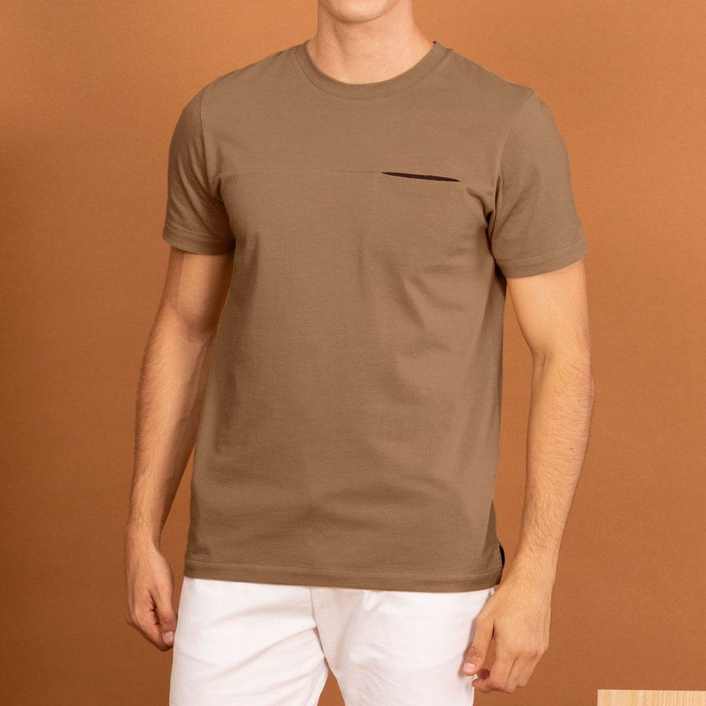 TWIST POCKET TEE - BROWN