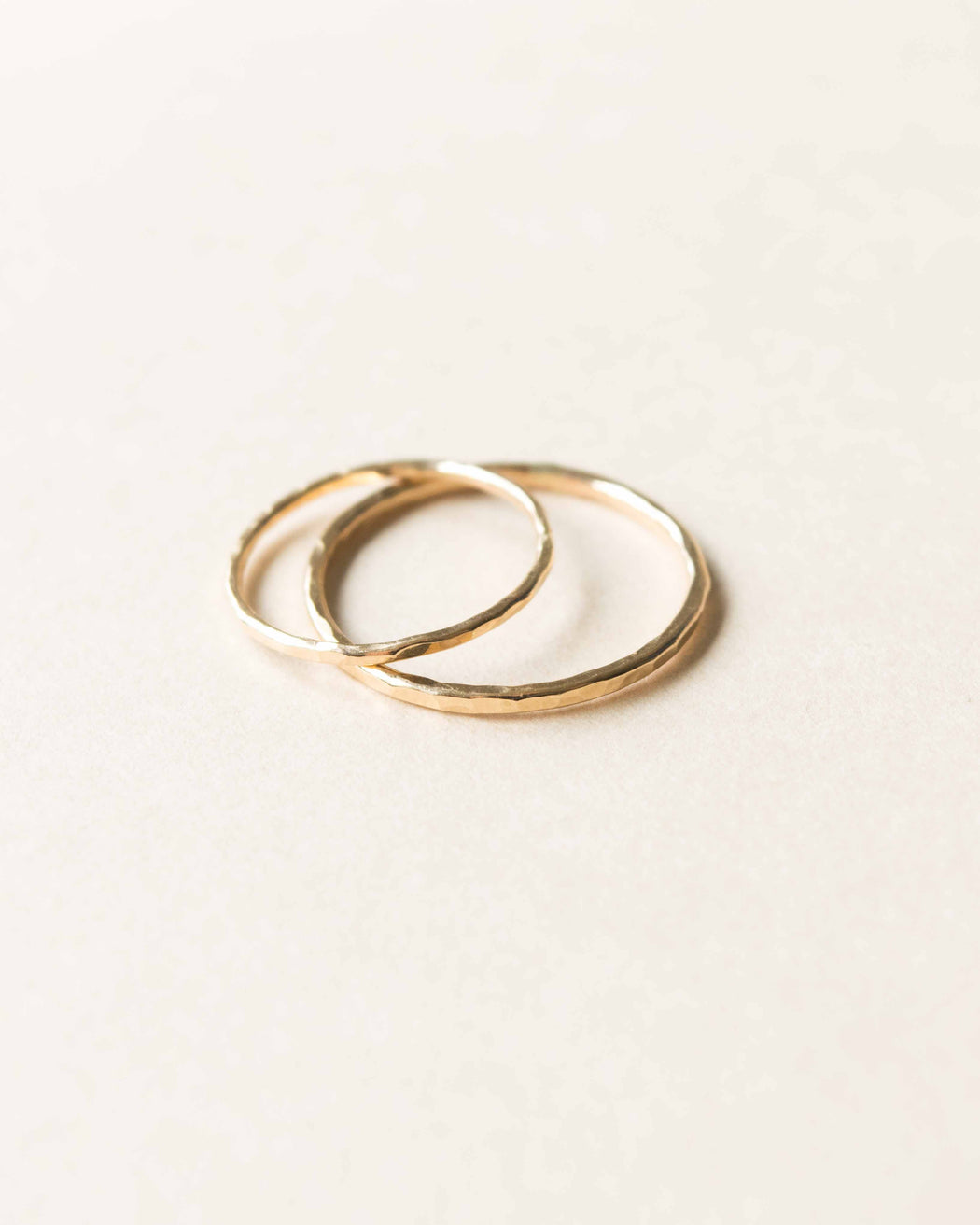 Goldeluxe - Hammered Band Stacking Ring | 14k Gold-Filled